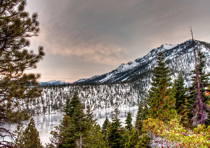 frozen-lake-sundown-3.jpg
