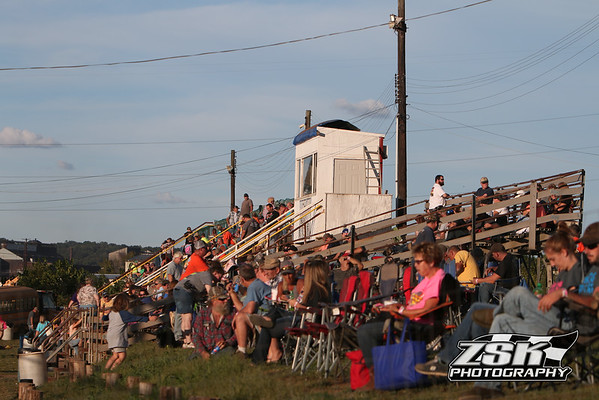 Legendary Hilltop Speedway 9/2/16