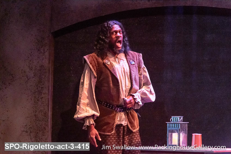 SPO-Rigoletto-act-3-415.jpg
