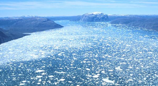 Greenland_2001