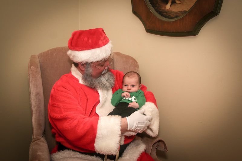 Santa Tim with Enzo 2018-29.jpg