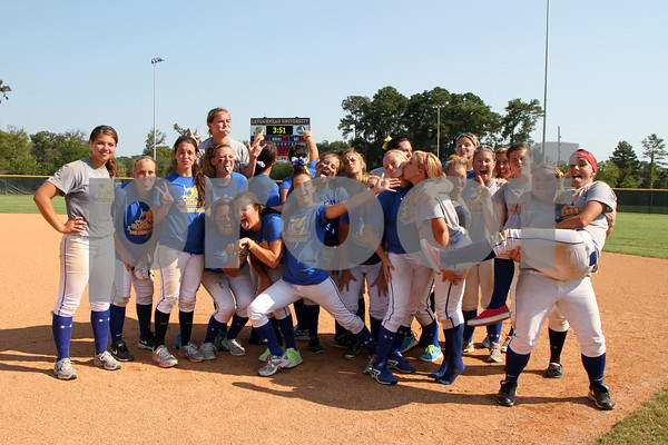 LeTourneau University Softball 2012-2013 Season