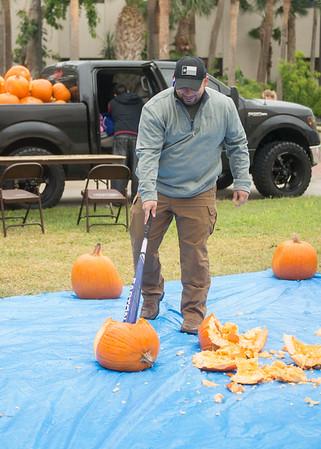110917 Omega Delta Phi Pumpkin Smash
