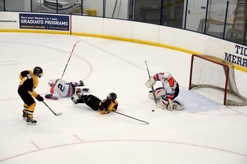 141122 Jr. Bruins Hockey-105.JPG