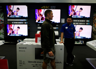 Shopping tips for buying a big screen TV