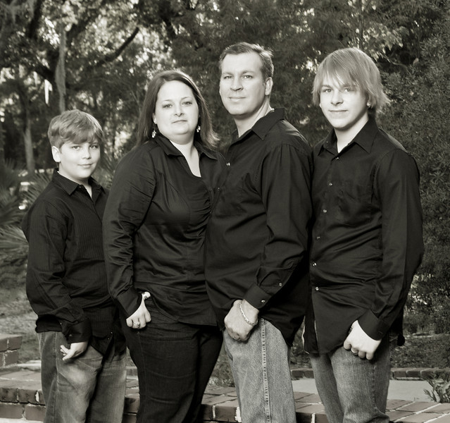 11212010_TobieFamily-19-Edit.jpg