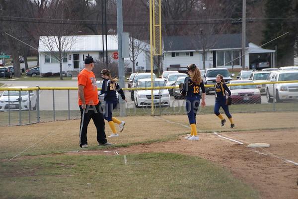 softball v. milledgeville . 4.12.18