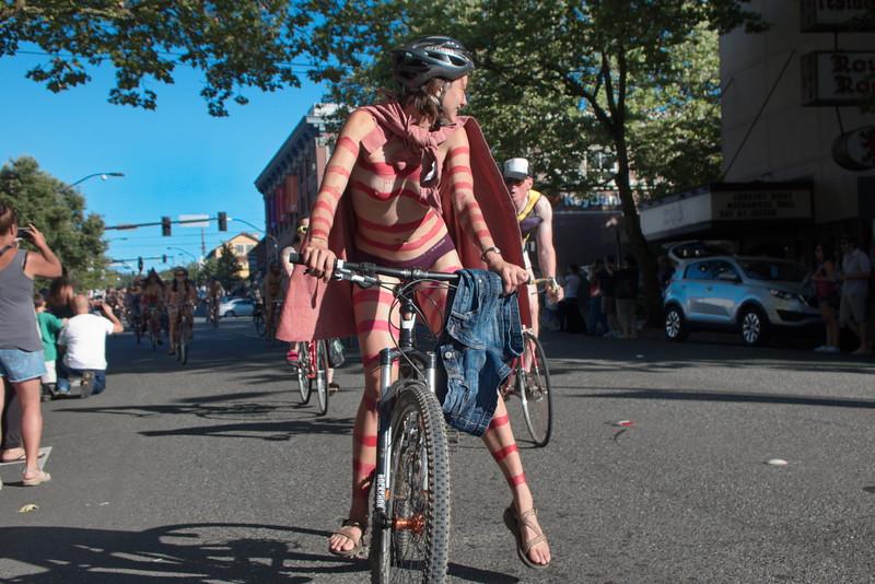 Nude Bike Ride (16).JPG