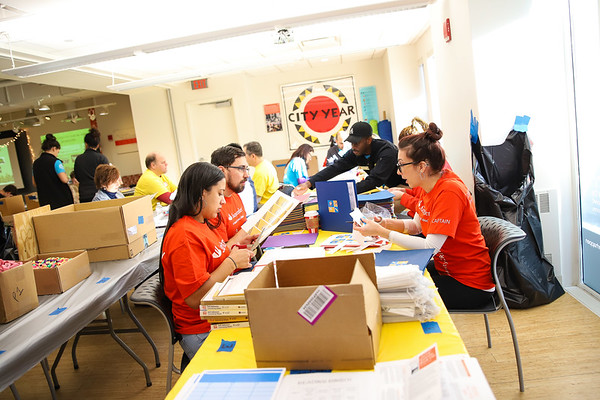 Holiday Service Event 2018 - City Year Boston