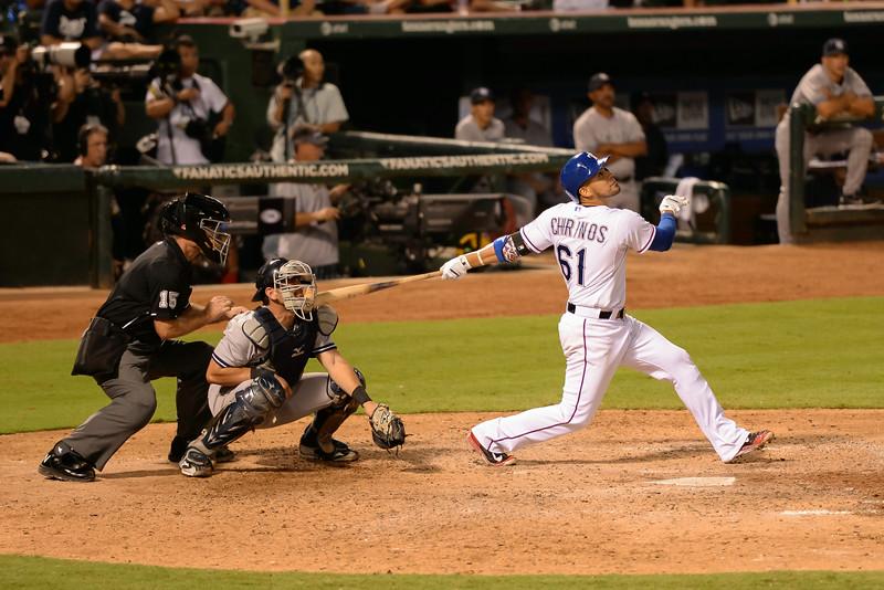2014-07-30 Yankees Rangers 032 (Chirinos).jpg