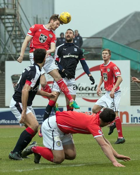 Dundee v St Mirren