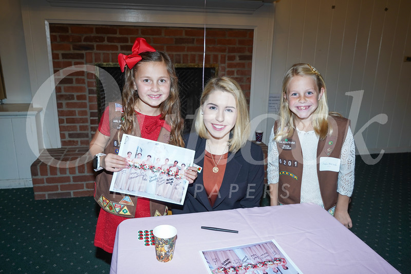 09320 Lexi Merryman, Queen Camille Kennedy and Emily McCrosky.jpg