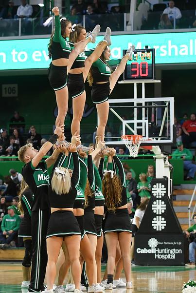 cheerleaders4660.jpg