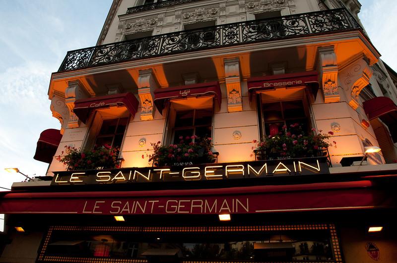Kir Royales were had here - Paris