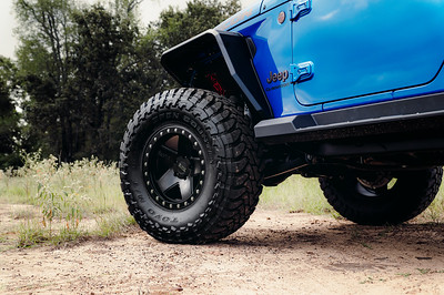 Black Rhino Wheels - Peter's Blue Gladiator & Green Wrangler