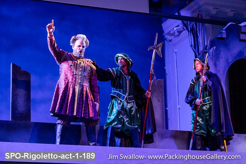 SPO-Rigoletto-act-1-189.jpg