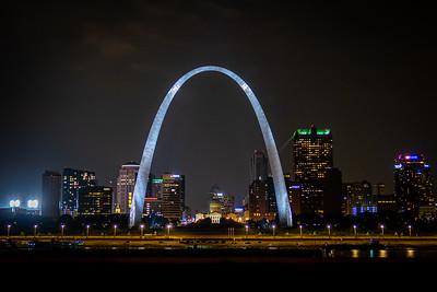 Gateway Arch and Saint Louis City Lights