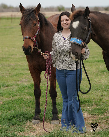 Julia, Gypsy and Lincoln on Easter 4-4-2021