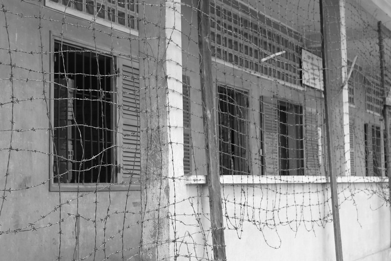 Barbed wire for keeping inmates in S21