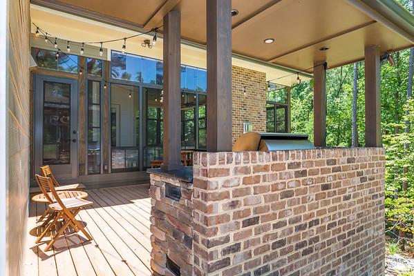 Perkins EZE Breeze Porch