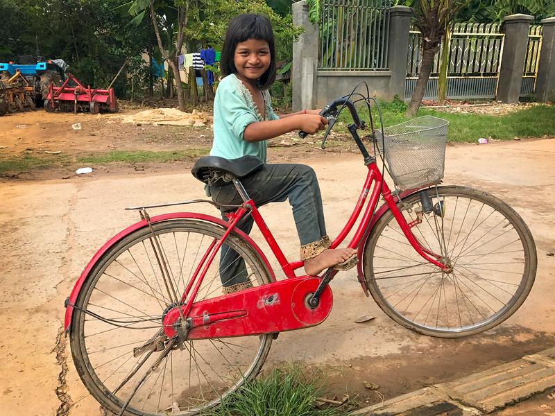 IMG_480Silk Island Bike Girl-Edit.jpg