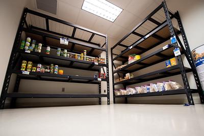 090418 Izzy's Food Pantry
