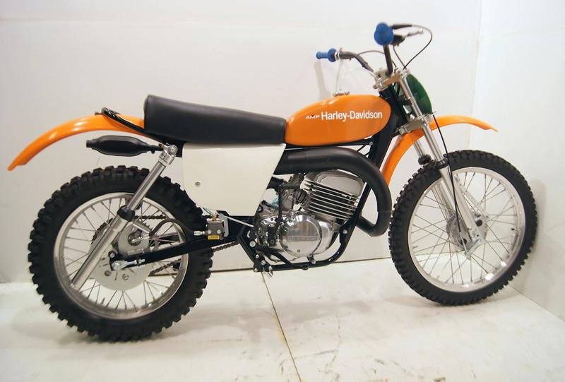 1975HarleyMX250 002.JPG