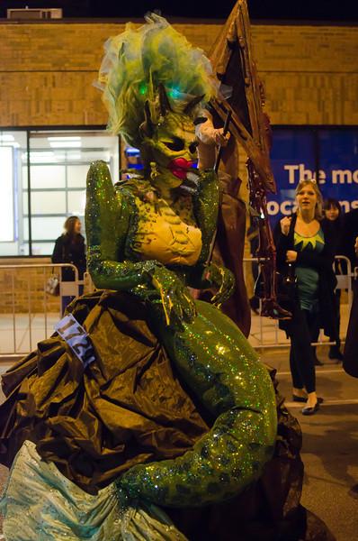 Halloween2012MermaidonstreetDSC_7414.jpg