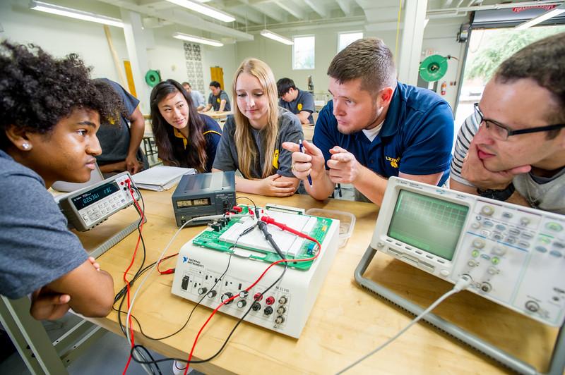 17339-Electrical Engineering-8343.jpg