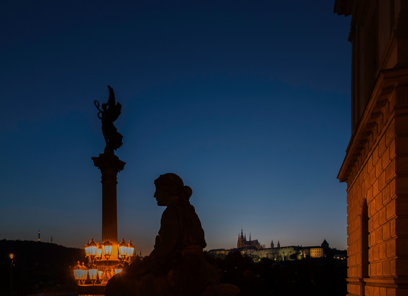 13-09Fall-Prague-18-Edit.jpg