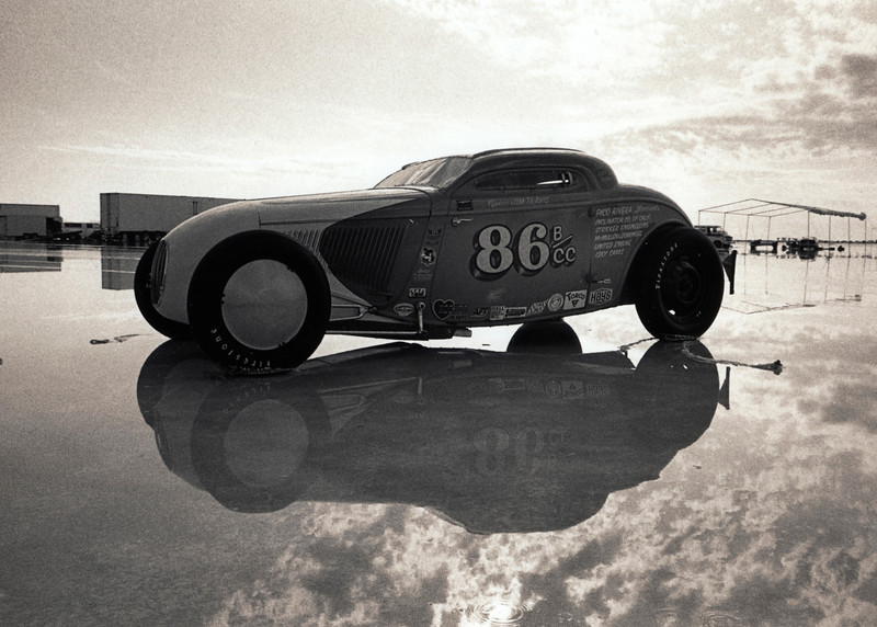 Land speed racing at Bonneville Salt Flats