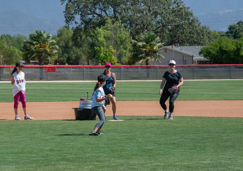 20180609-Dunn-Alums-Softball-game-5028.jpg
