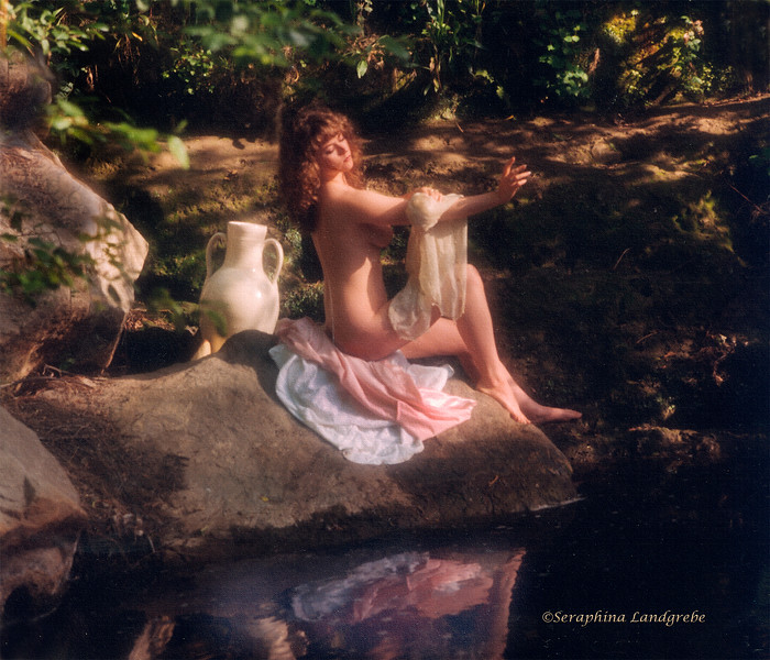 Bathing Urn.jpg