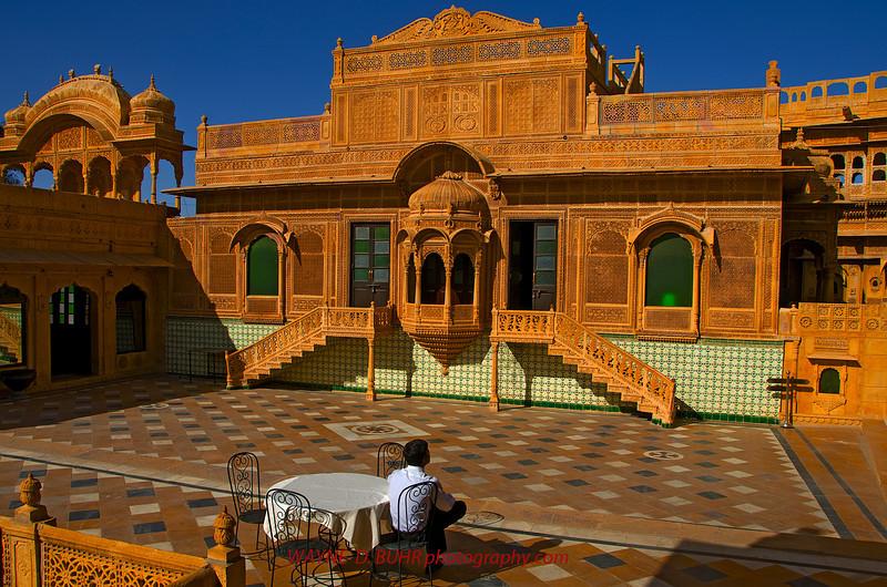 India2010-0209A-191A.jpg