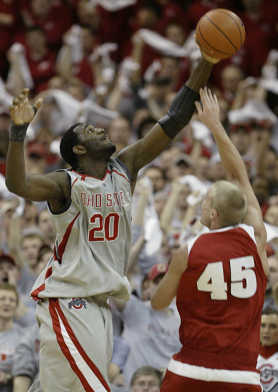 . Ohio State\'s Greg Oden, left, blocks the shot of Wisconsin\'s Joe Krabbenhoft during the second half on an NCAA basketball game Sunday, Feb. 25, 2007, in Columbus, Ohio. (AP Photo/Jay LaPrete)