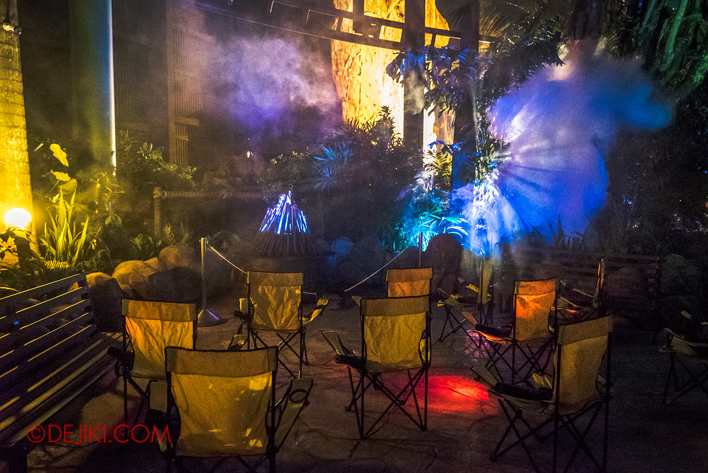 Halloween Horror Nights 7 MasterCard Priceless Experience - Chairs around the campfire
