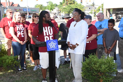 Mayor Warren Welcomes The Father's House Volunteers  for Day of Hope - 8/27/2016
