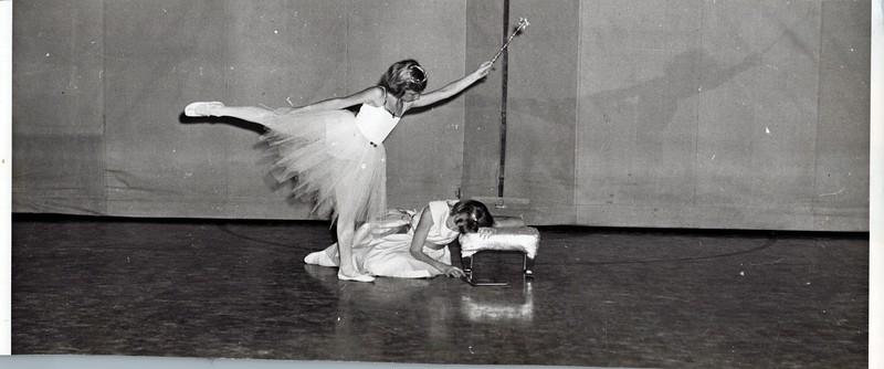 Dance_2973_a.jpg