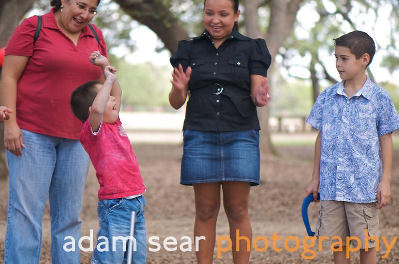 DFA_Picnic_Austin_2008_211.jpg