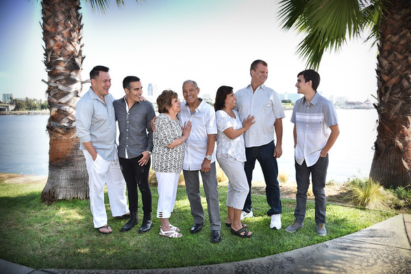 Acuna Family Portraits
