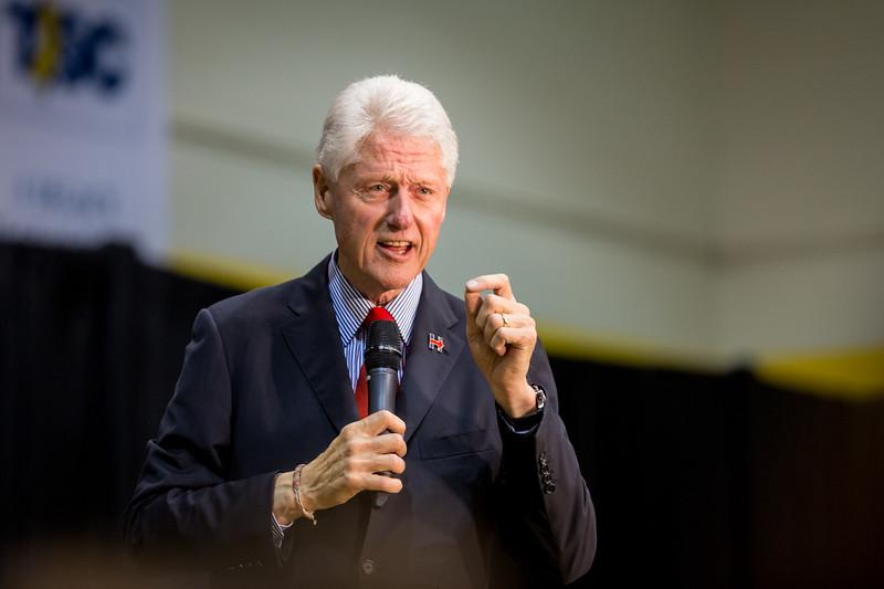 President Bill Clinton @ TCNJ 5-13-2016-49.jpg