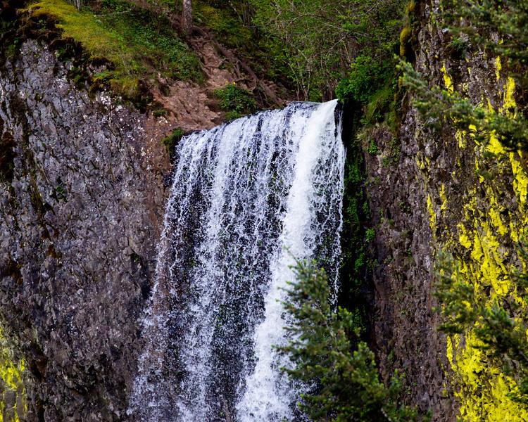 The lip of Latourel Falls.
