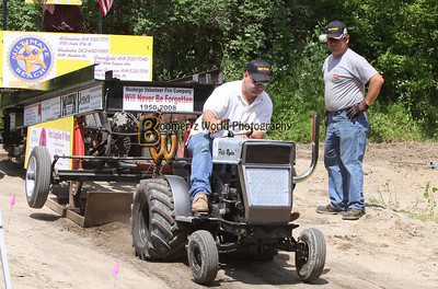 High Hitchers Garden Tractor Pull 7-11-09