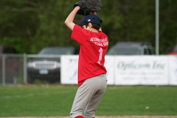 Met's Shut Down Sox In Game 2