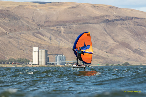 The Foiling Mag