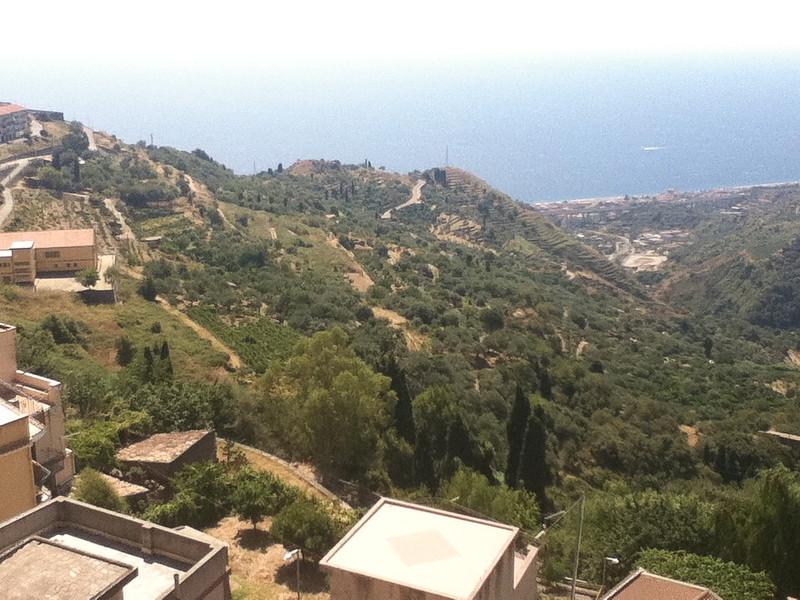 20110820-Ginka-Sicily-20110820--IMG_1610--0821.jpg