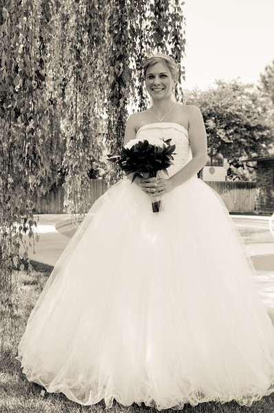 Tom & Brandy Wedding (B&W) (20 of 71).jpg
