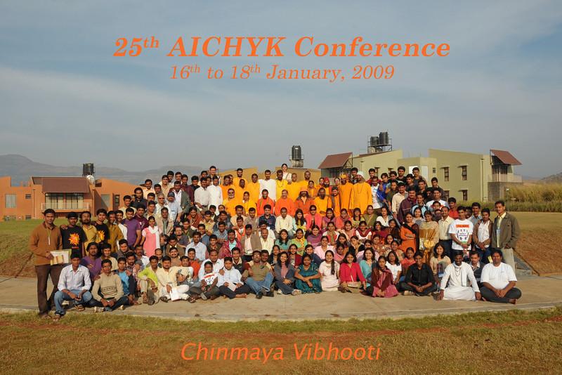 Group photo: Chinmaya Mission's 25th AICHYK (All India CHYK) Conference, 16th to 18th January 2009 at Chinmaya Vibhooti, Kolwan, Maharashtra, India.