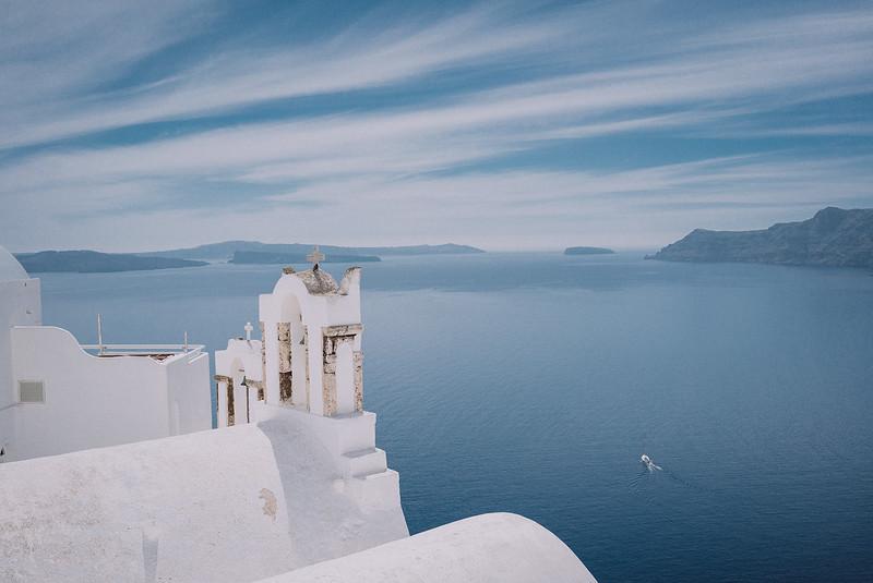 Tu-Nguyen-Wedding-Photography-Videography-Hochzeitsfotograaf-Engagement-Santorini-Oia-Greece-Thira-1.jpg