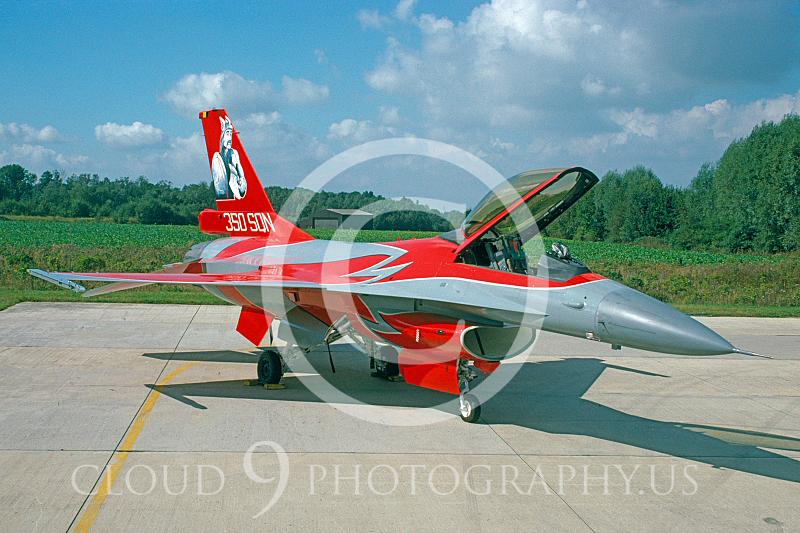 EE-F-16FORG 00011 Lockheed Martin F-16 Belgium Air Force Sept1997 via AASS.JPG